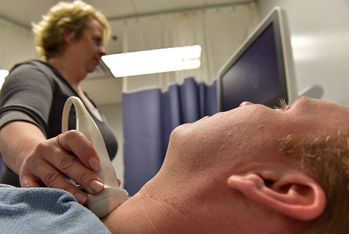 thyroid scan